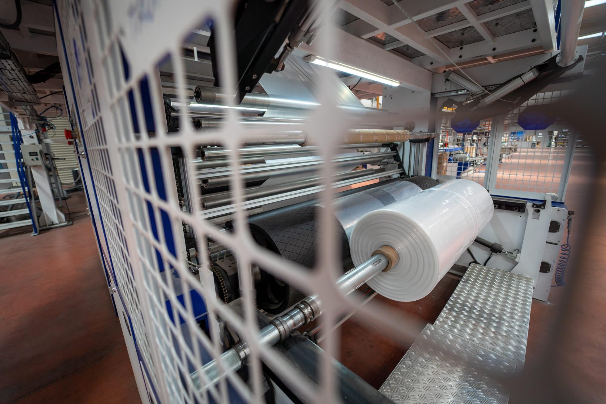 cagplast-manisa-plastik-uretimi-ldpe-ve-endustriyel-torba-1-min